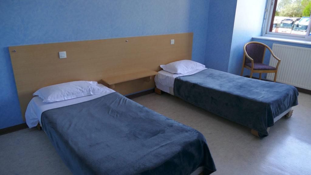 chambre Hôtel - 2 lits - Proche Savennay